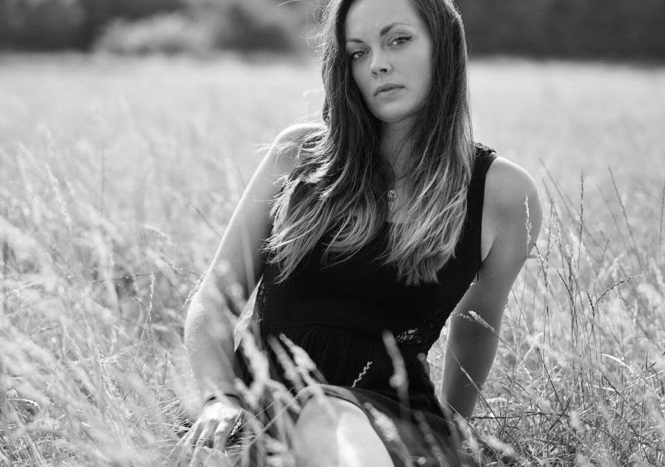 Masterlink Session | Jana Varga | singer-musician-songwriter